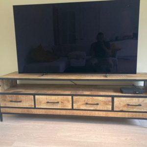 GB TV Kast (180x45x55)